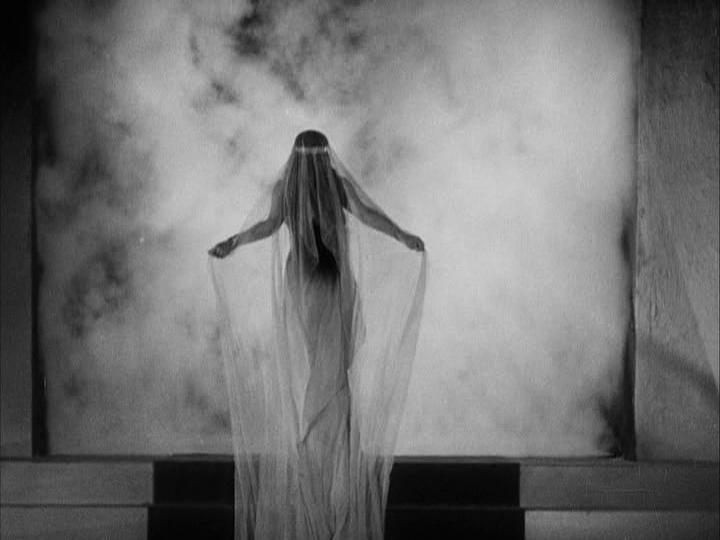 "Film: ""She (1935)""..."